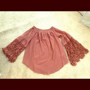 Flowy long sleeve blouse